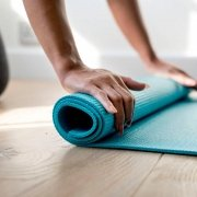 5 Relaxing Yoga Poses For Better Sleep