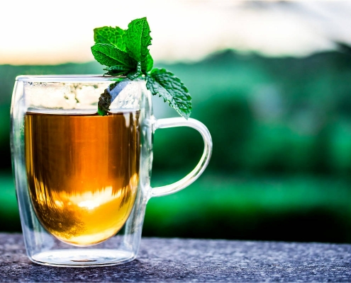 5 Herbal Alternatives to Your Morning Cup of Coffee